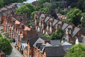 How To Execute A Buy To Let Property Investment In The UK?